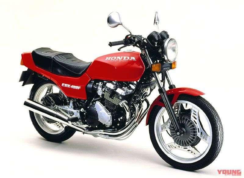 [Honda CBX400F dirilis pada bulan November 1981] Selain dua warna pada model awal, hadir pula dengan warna monza red yang lebih murah 15.000 Yen.