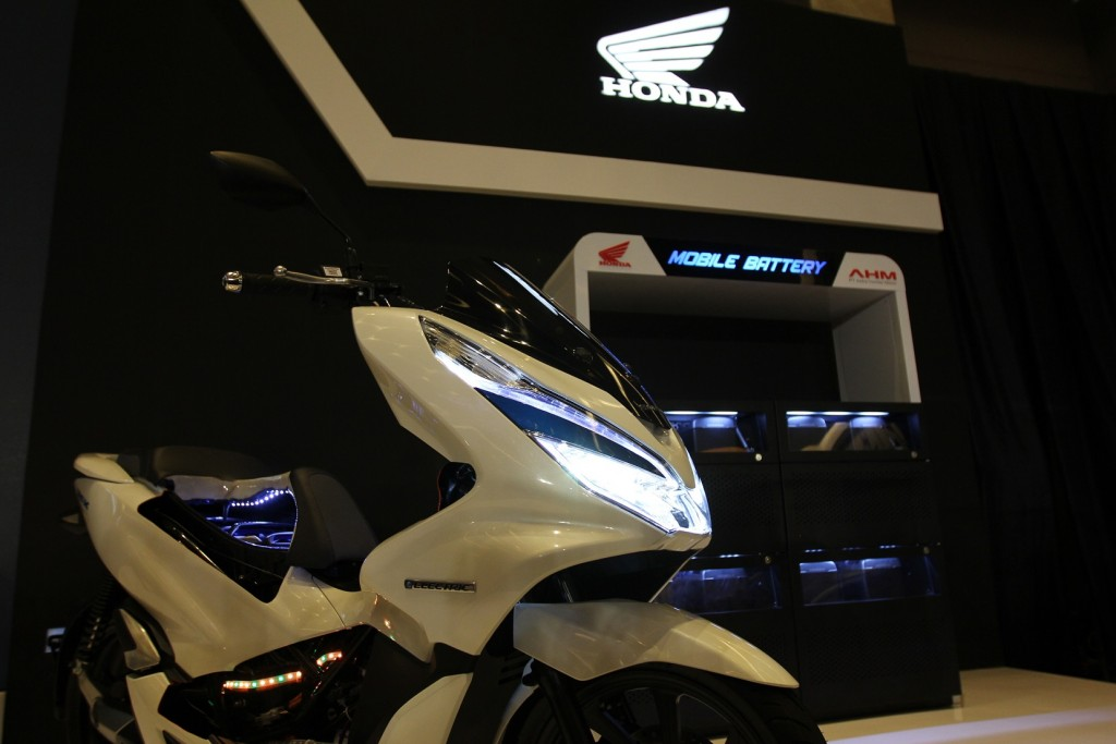 new-honda-pcx-electric_1