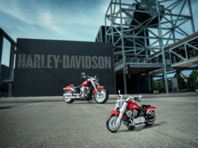 Harley Davidson Fatboy Creator Expert Series