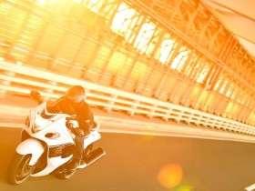 Review Suzuki Hayabusa oleh Majalah Young Machine