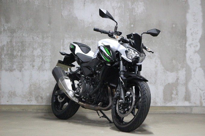 Spesifikasi dan Test Ride Kawasaki Z250 2019