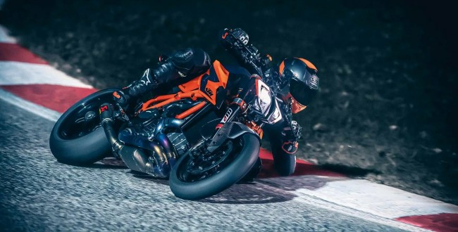 KTM 1920 Super Duke R 2020