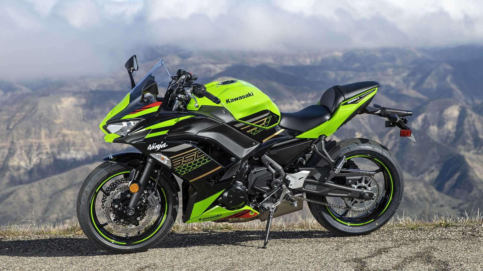 Tampak Samping Kawasaki Ninja 650 ABS KRT Edition 2020