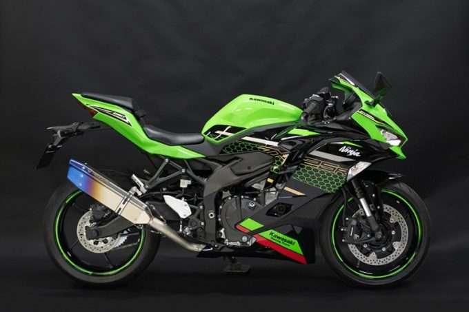 Rekomendasi knalpot modifikasi Kawasaki ZX25R terbaik 2021