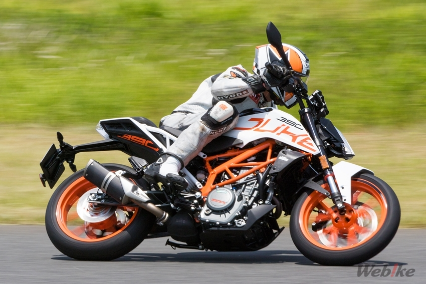 Webike Motoreport Ktm Duke Series 390 250 125 Test Ride